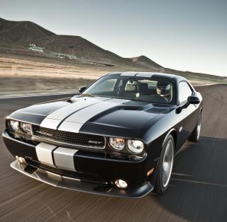 Dodge Challenger - Obrázkek zdarma pro 2048x2048