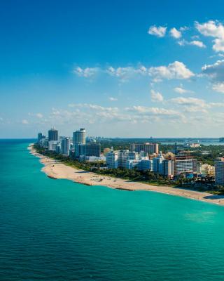 South Beach in Miami - Obrázkek zdarma pro 240x432