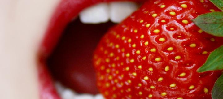 Screenshot №1 pro téma Tasty Strawberry 720x320