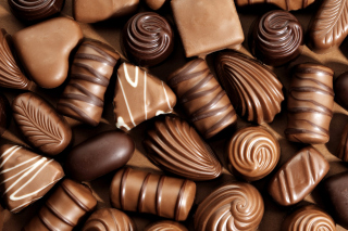 Free Chocolate Candies Picture for Android, iPhone and iPad