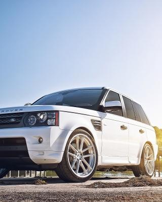 White Land Rover Range Rover - Obrázkek zdarma pro Nokia 300 Asha