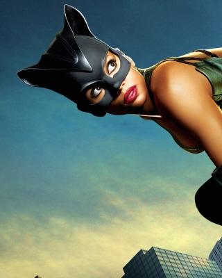 Catwoman Halle Berry - Obrázkek zdarma pro Nokia C5-03