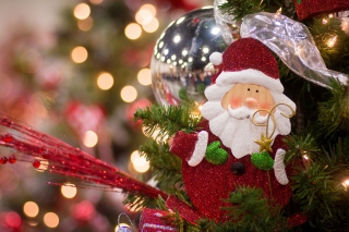 Free Santa Claus Christmas Decoration Picture for Android, iPhone and iPad