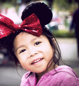 Cute Minnie Mouse - Obrázkek zdarma pro iPad mini 2