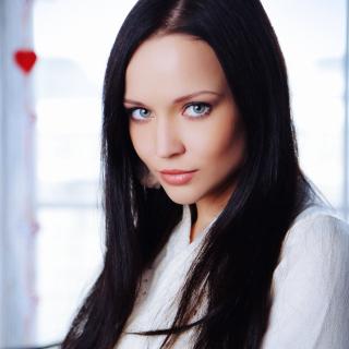 Katie Fey Ukrainian Model - Obrázkek zdarma pro iPad