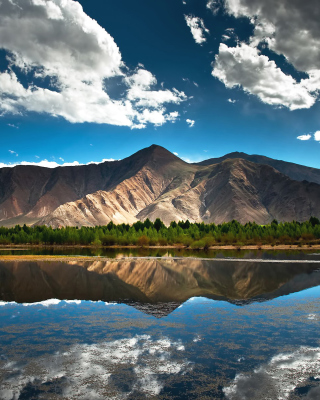 Beautiful Mountain Scenery HDR - Fondos de pantalla gratis para Huawei G7300