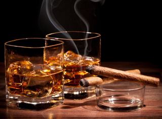 Обои Whisky & Cigar для андроида