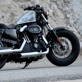 Harley Davidson Sportster 1200 - Obrázkek zdarma pro iPad Air