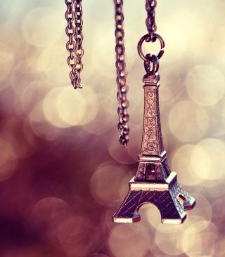Eiffel Tower Pendant - Obrázkek zdarma pro 768x1280