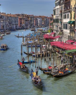 Venice Canals Painting - Obrázkek zdarma pro Nokia Asha 310