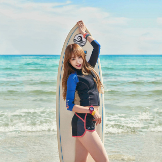 Korean Surfer Girl - Obrázkek zdarma pro iPad 3