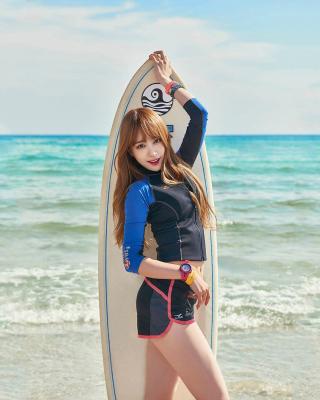 Korean Surfer Girl - Obrázkek zdarma pro Nokia Asha 300