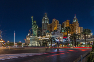 Las Vegas Luxury Hotel Wallpaper for Android, iPhone and iPad