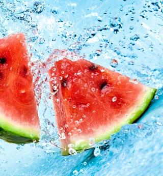 Watermelon In Water - Obrázkek zdarma pro iPad 2
