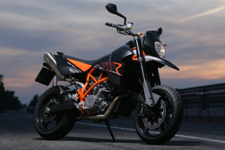 Free KTM 950 SM Supermoto Picture for Android, iPhone and iPad