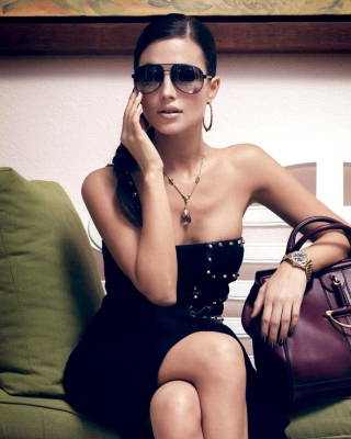 Fashion Girl - Obrázkek zdarma pro Nokia C5-06