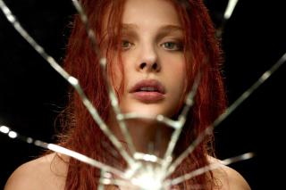 Chloe Grace Moretz - Obrázkek zdarma pro Nokia Asha 200