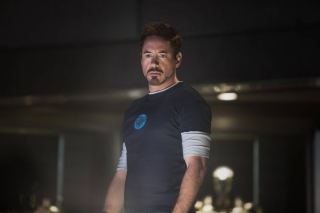 Robert Downey Jr As Iron Man 3 Background for Android, iPhone and iPad