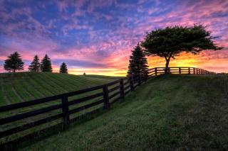 Hills Countryside Sunset - Obrázkek zdarma pro Samsung Galaxy Grand 2