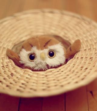 Cute Toy Owl - Obrázkek zdarma pro Nokia Asha 303