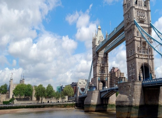 Tower Bridge London Picture for Android, iPhone and iPad