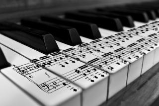 Piano - Obrázkek zdarma pro HTC Desire 310