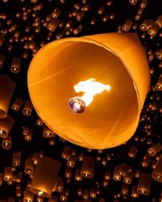 Air fiery torches - Obrázkek zdarma pro 768x1280