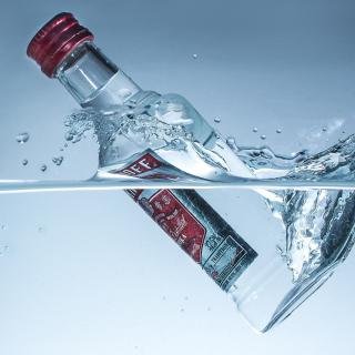 Smirnoff Vodka - Obrázkek zdarma pro iPad mini