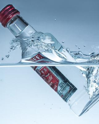 Smirnoff Vodka - Obrázkek zdarma pro Nokia C-5 5MP