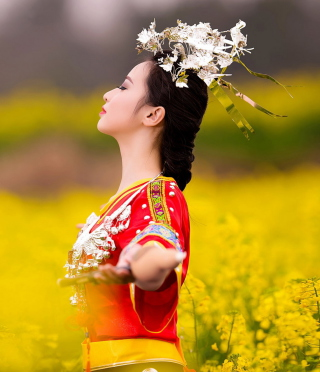 Asian Girl In Yellow Flower Field - Obrázkek zdarma pro iPhone 6 Plus