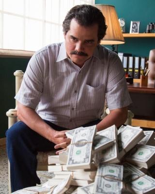Narcos about Pablo Escobar TV Show - Obrázkek zdarma pro Nokia C-Series