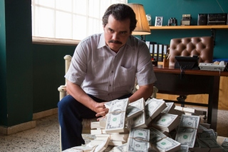 Narcos about Pablo Escobar TV Show Picture for Android, iPhone and iPad
