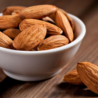 Almonds - Obrázkek zdarma pro 320x320