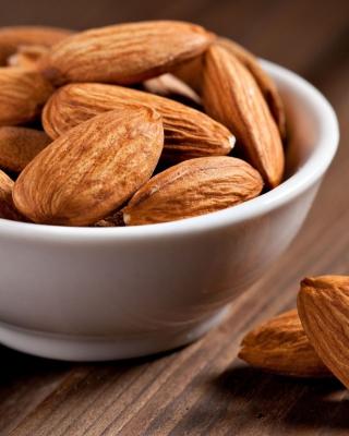 Almonds - Obrázkek zdarma pro 768x1280