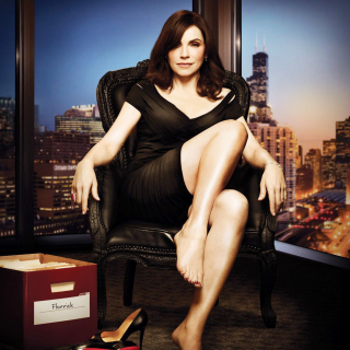 Julianna Margulies as Alicia Florrick in The Good Wife - Obrázkek zdarma pro 208x208