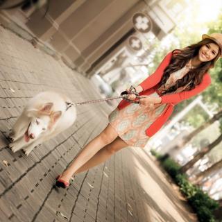 Pretty Girl Walking Her Dog - Obrázkek zdarma pro iPad