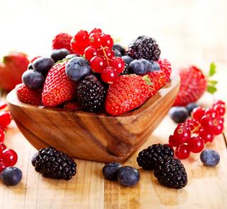Berries - Obrázkek zdarma pro 2048x2048