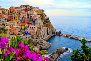 Free Monterosso Al Mare Italy Picture for Android, iPhone and iPad
