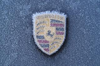 Porsche Logo - Obrázkek zdarma pro 1280x720