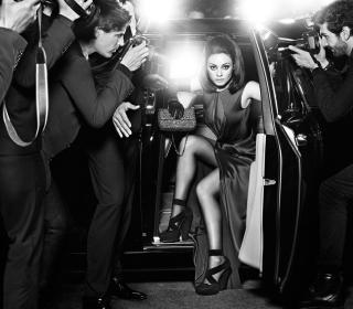 Mila Kunis Hollywood Star - Obrázkek zdarma pro 1024x1024