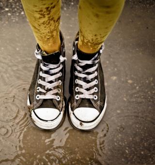Wet Sneakers - Obrázkek zdarma pro 128x128