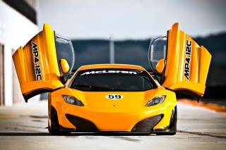 Обои McLaren MP4 12C на телефон