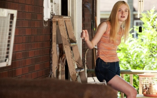 Elle Fanning Picture for Android, iPhone and iPad