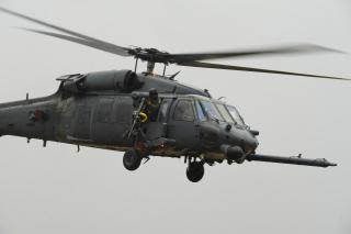 Helicopter Sikorsky HH 60 Pave Hawk - Obrázkek zdarma pro Sony Xperia M