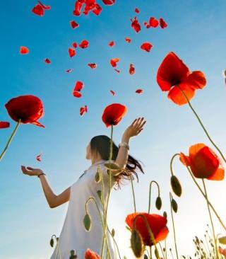 Girl In Poppies - Obrázkek zdarma pro iPhone 4S