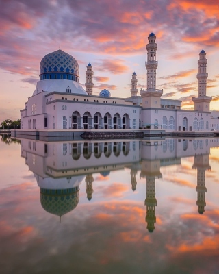 Kota Kinabalu City Mosque - Obrázkek zdarma pro Nokia C1-02