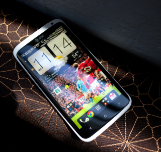 HTC One X - Smartphone - Obrázkek zdarma pro iPad mini 2
