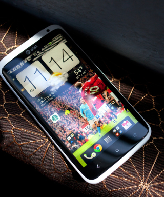 HTC One X - Smartphone - Obrázkek zdarma pro iPhone 4