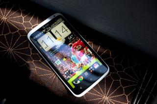 HTC One X - Smartphone - Obrázkek zdarma pro 220x176