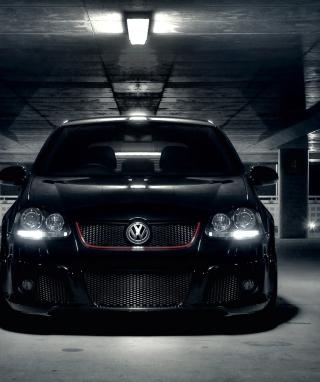 Volkswagen Golf in Parking - Obrázkek zdarma pro iPhone 5
